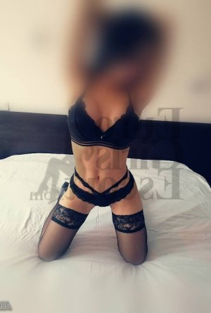 Thamar escort girl in Amarillo