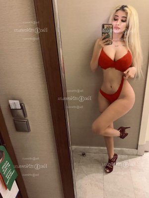 Marie-aure escort girl in Ensley Florida