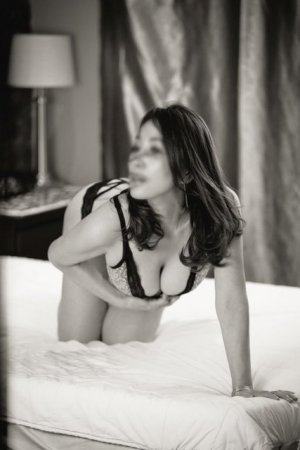 Anna-livia escort girl in Hastings